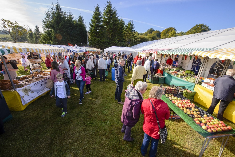 Browse the Farmers Market and craft stalls in the idyllic setting of Overton Farm, Carluke, at Fruit Day