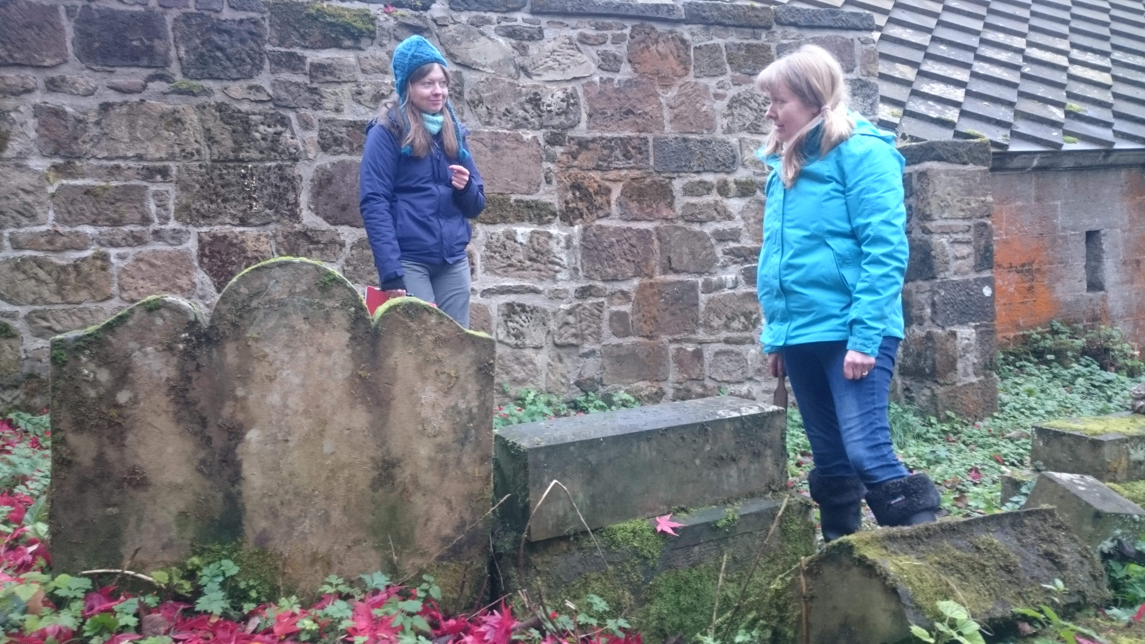 Volunteer to help restore and record St Patrick's Graveyard at Dalzell Estate, Noth Lanarkshire Council