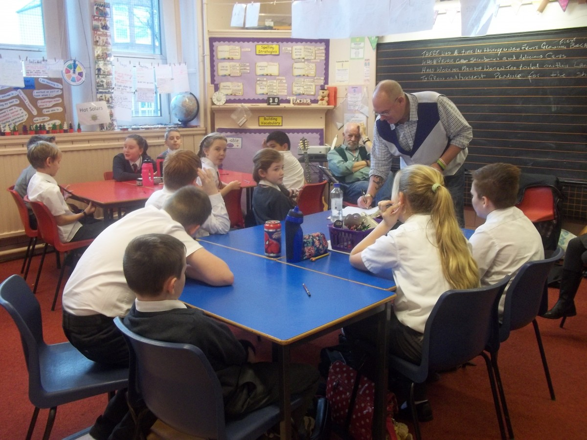 The Lanarkshire Songwriters write songs with Overtown Primary School