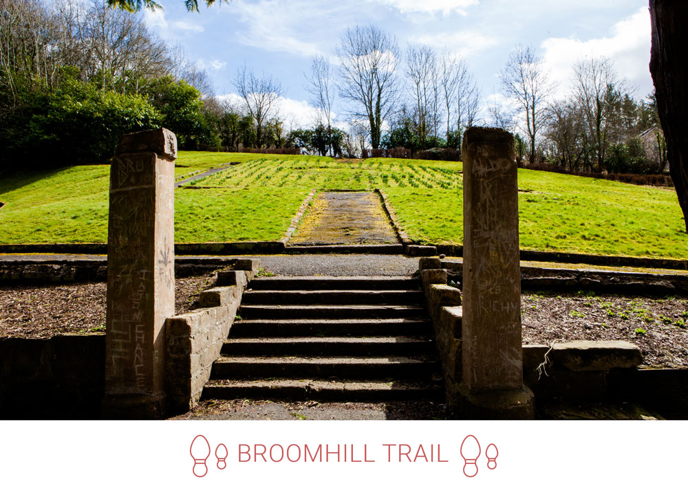 2. Reaching Millheugh, from Millheugh Brae, access the crisscrossing paths near Tom Thumb Park.