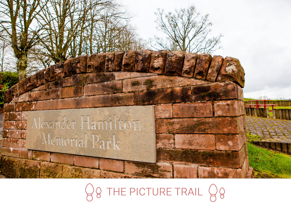 2. From Vicar's Road link to Manse Road, then take a right into Alexander Hamilton Memorial Park