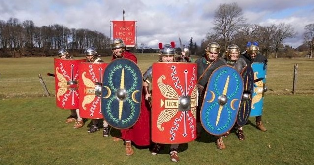Join Centurions at the Roman Bathhouse, Strathclyde Country Park for the first time in 2000 years