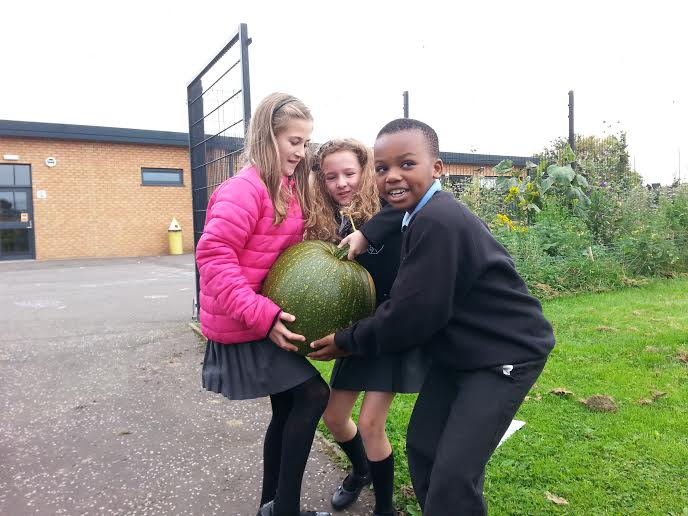 Little Larkhall-ers Grow Their Own