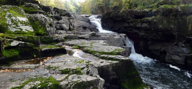 Shaping the Landscape: Stonebyres Falls